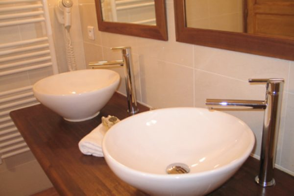 Bathroom Hotel La Bastide auf eco suites