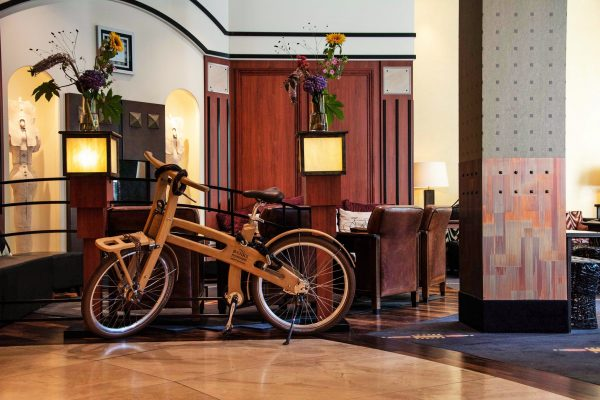 Lobby with Bike Banks Mansion ecosuites.travel